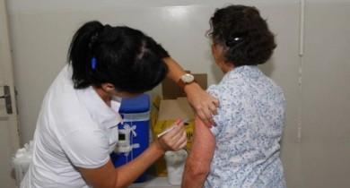 prefeitura-atua-em-diversas-frentes-pela-atualizacao-do-cartao-de-vacina
