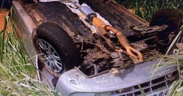 Motorista morre ao capotar carro na BR-050, em Uberlândia
