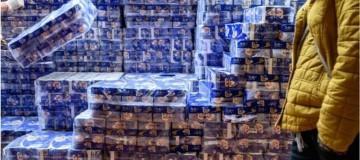Coronavírus: com produto em falta, gangue armada rouba centenas de rolos de papel higiênico em Hong Kong