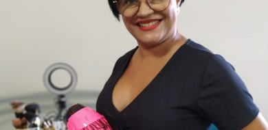 Vanessa Moreira profissional de beleza desde 2003