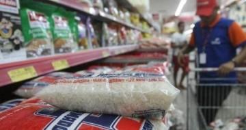 Preços do combustível e dos alimentos influenciam no índice de inflação de agosto em Uberlândia