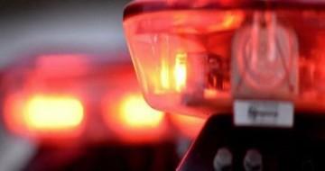 Motociclista sem habilitação bate em caminhão e fica gravemente ferido em Uberlândia