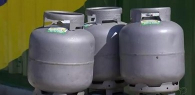 Gás de cozinha vai ficar 6% mais caro a partir desta quinta (7)
