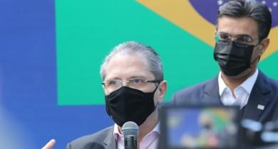 governo-de-sp-diz-que-vai-iniciar-campanha-anual-de-vacinacao-contra-o-coronavirus-a-partir-de-17-de-janeiro-de-2022