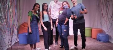Jovens de Uberlândia apresentam projetos em Feira de Empreendedorismo